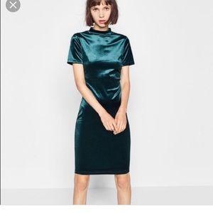 Zara Green Velvet Midi Bodycon Dress size small